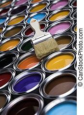 color, latas, brocha