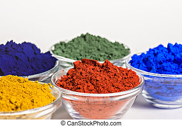 color pigments in glass bowls