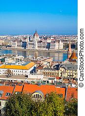 color vibrante, vista, de, húngaro, edificio del parlamento, danubio, y, ciudad, panorama, budapest