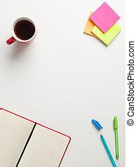 colorato, promemoria, verde, quaderno, aperto, penna, centro, testo, tazza, sfondo bianco, vista, spazio, caffè, blu, cima rossa