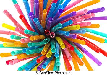 coloreado, plástico, pajas, plano de fondo, blanco, bebida