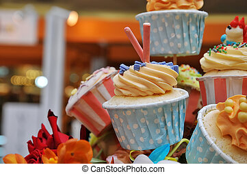 Cup Cake - Colorful Cup Cake In the bouquet