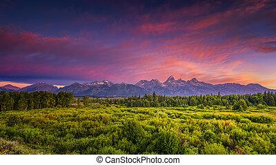 Blacktail Ponds Overlook - Colorful summer sunrise at ...