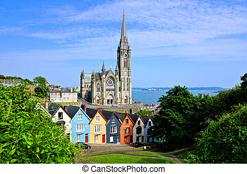 colorido, casas de la fila, con, catedral, en, plano de...