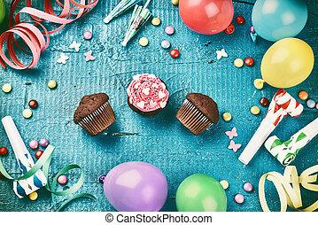 colorido, cumpleaños, marco, con, multicolor, fiesta, artículos, y, chocolate, copa endurece