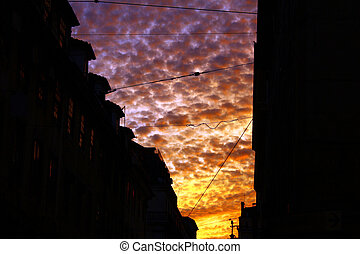 colorido, nubes, y, oscuridad, edificios