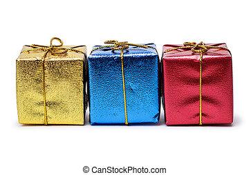 colorido, presente, cajas, aislado, encima, fondo blanco