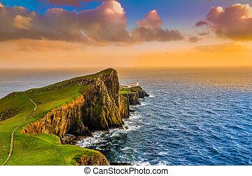 colorido, punto, escocia, neist, costa, océano de puesta de...