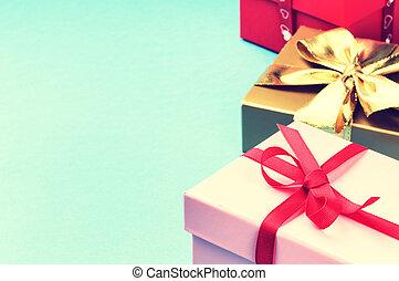colorido, regalo de cumpleaños, cajas