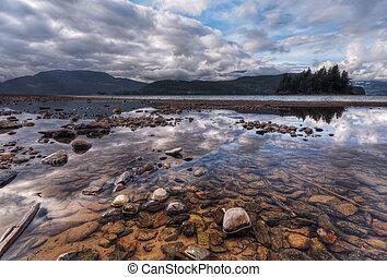 colorido, rocas, y, dramático, paisaje, reflexión