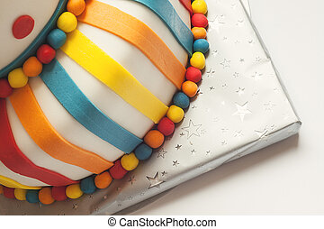 colorido, torta de cumpleaños