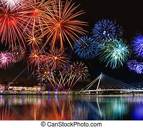 coloridos, fogos artifício, perto, água