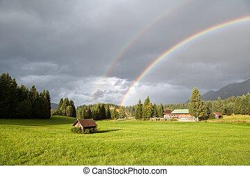 colorito, arcobaleno, durante, pioggia, in, alpi