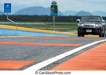 colorito, traffico, linee, strada, con, sfocato, immagini, di, il, automobile.