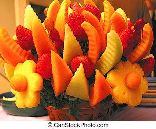 Colorul fruit basket