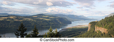 Columbia River Gorge. - The Columbia river gorge and the...