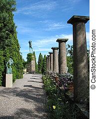 Columns in Miles garden museum