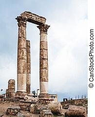 columns of Temple of Hercules at Amman Citadel - Travel to...