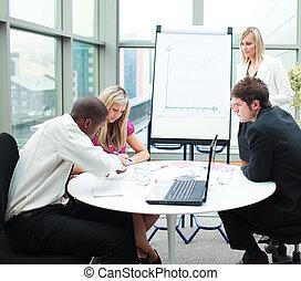 comércio pessoas, trabalhando, reunião, junto