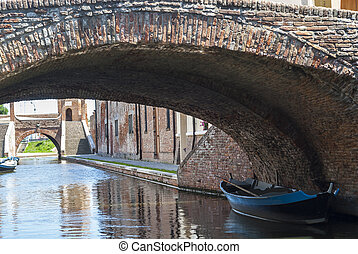 comacchio, -, puentes, y, barcos