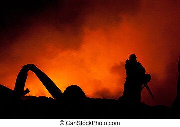 combat tir, pompiers, déchaînement, énorme, flammes, silhouette