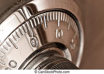 combination safe lock