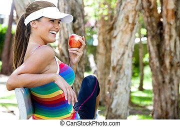 comer mulher, maçã, parque, jovem, banco