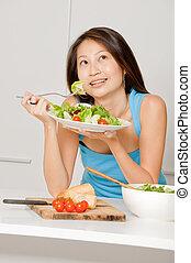 comer mulher, salada