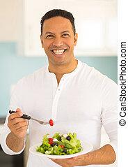 comer, salada, meio, verde, envelhecido, homem