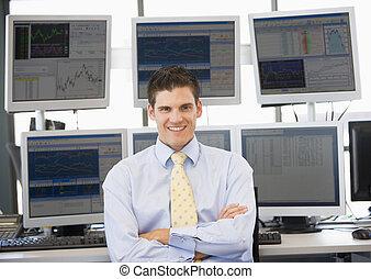 comerciante, computador, frente, retrato, monitores, estoque