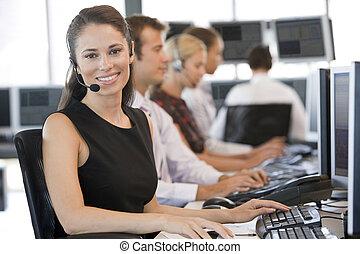 comerciantes, computadoras, trabajando, acción