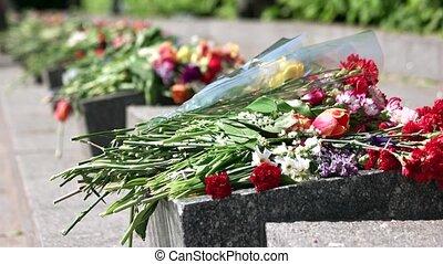 commémoratif, fleur, stones., bouquets, granit