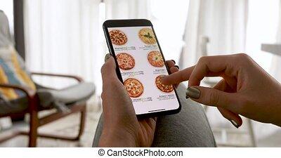 commander ligne, pizza, maison, femme