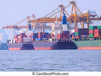 commercial, bateau, chargement, récipient, dans, expédition, port, image, usage, pour, importation, nautique, vaisseau, transport, et, industrie, logistique