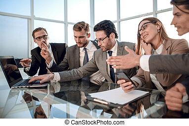 commercianti, ufficio., colleghi, discussione