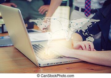 communicatie, bedrijfspersoon, werkend aan computer, sociaal, media, etwork, verbinding, concept, communie, van, dit, beeld, gemeubileerd, door, nasa