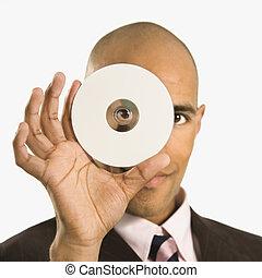 compacto, segurando, disc., homem