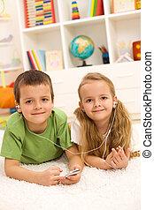 compartilhar, chão, deitando, jogador, crianças, música