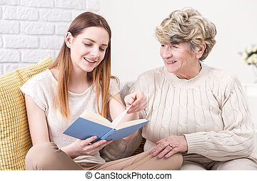 compartir, un, bueno, pedazo, de, leer, con, ella