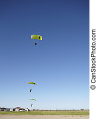 compilation, skydivers, atterrissage, approchant