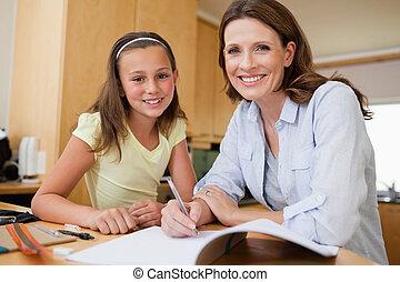 compito, figlia, madre
