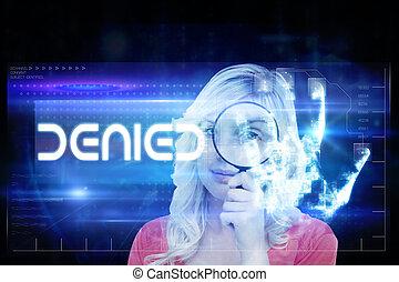 composite image, i, fair-haired kvinde, gennemlæsning, en, magnifyin