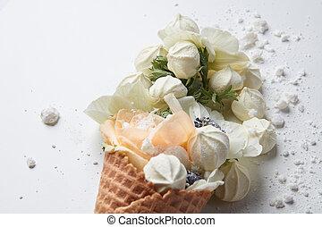 composition, fleurs, cône, gaufre