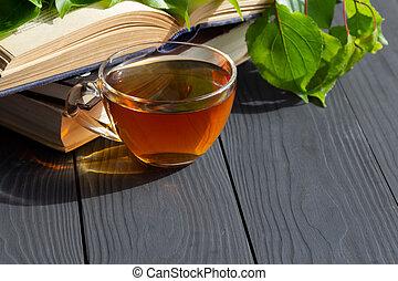 composition, ouvert, vieux livres, space., vert, branche, copie, leaves., gratuite, tasse, thé