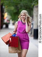 compras, mujer hablar sin parar movible, teléfono