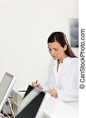 compteur, dentiste, écriture, clinique, secrétaire, réception