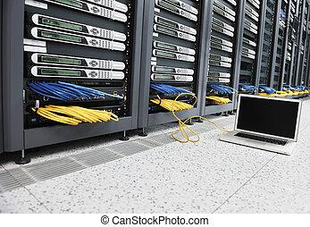 computador laptop, em, servidor, rede, sala