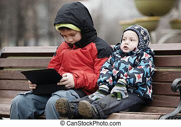 computadora, hermanos, tableta