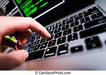 computer lavora