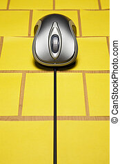 Computer mouse on post it notes - Metallic color computer ...